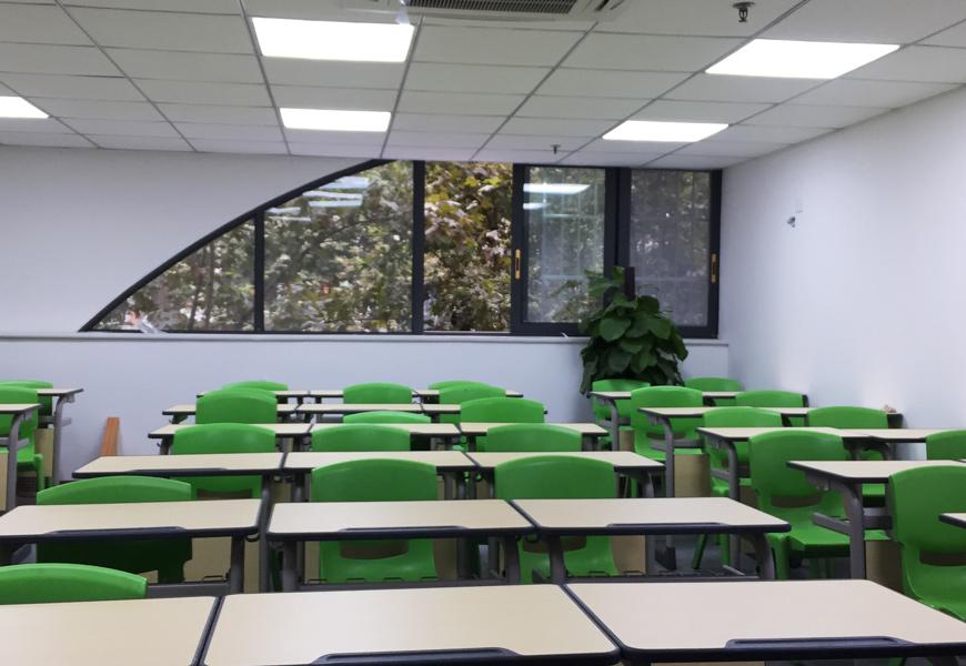八宝街学习中心-学习环境