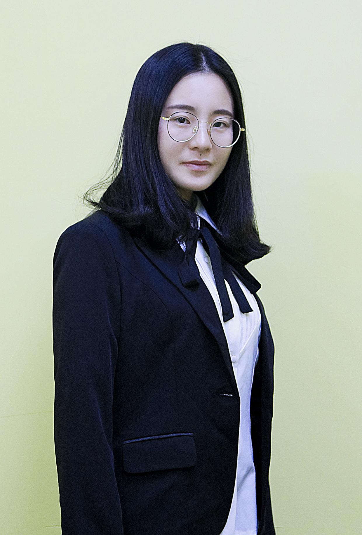 高中老师-高中语文老师_高斯倩