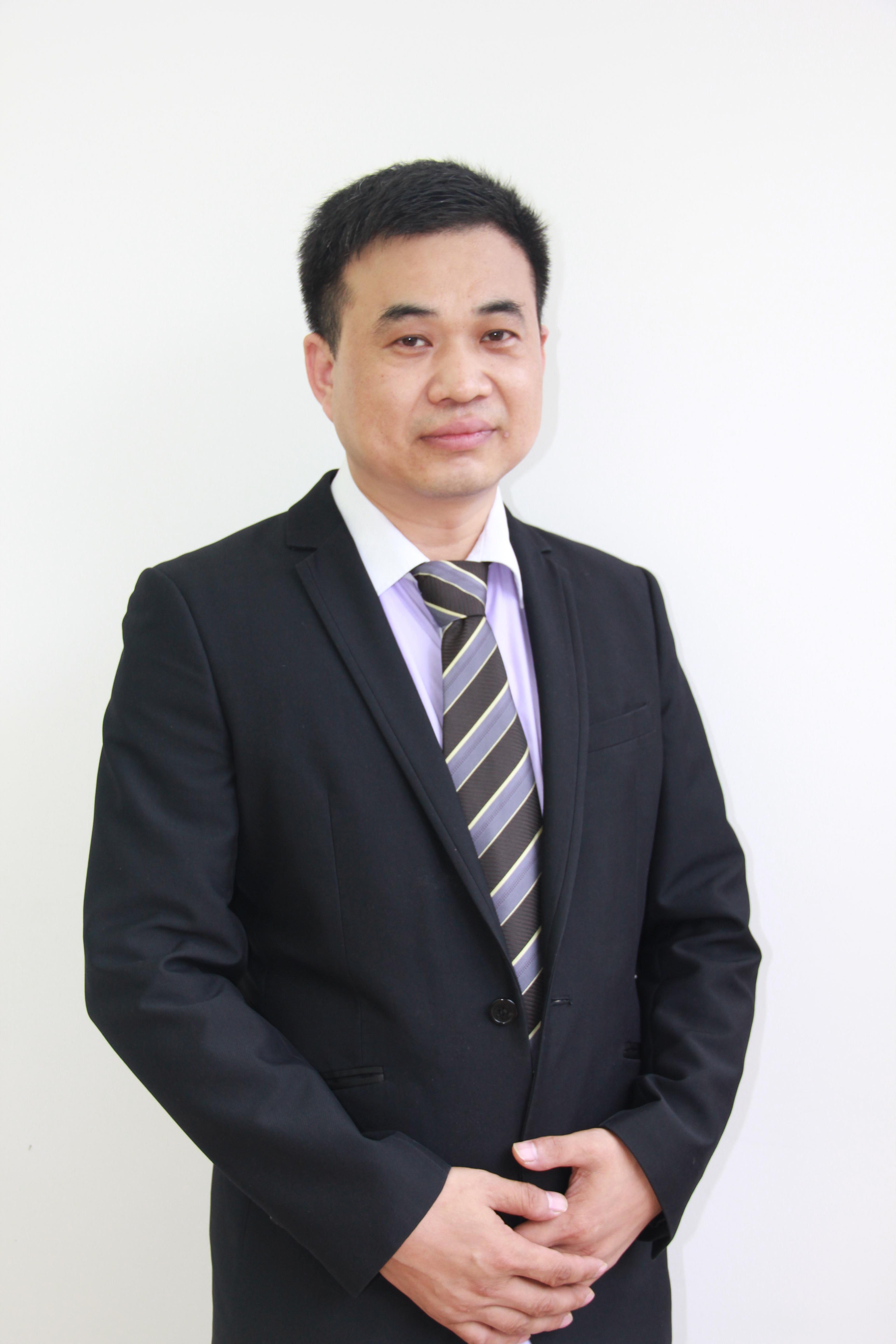 广州老师李建新老师