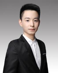 福州初中语文教师吴顺翔