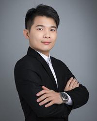 佛山高中数学教师谭国坚