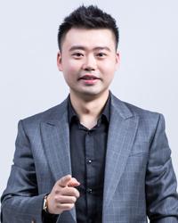 西安初中語文教師田浩