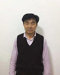 台州初中语文教师黄佐春
