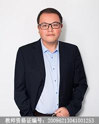 曲靖高中语文教师朱启斌