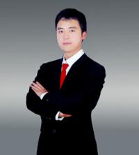 邢台高中语文教师李雨鑫